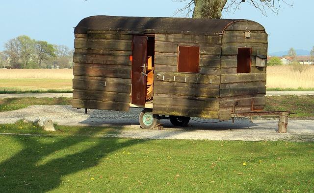 dřevěný přívěs